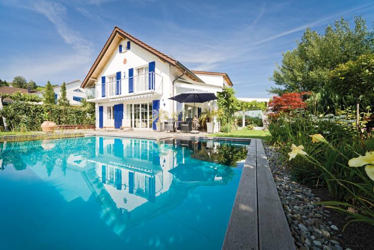 Piletas de jardín de estilo  por Balena GmbH