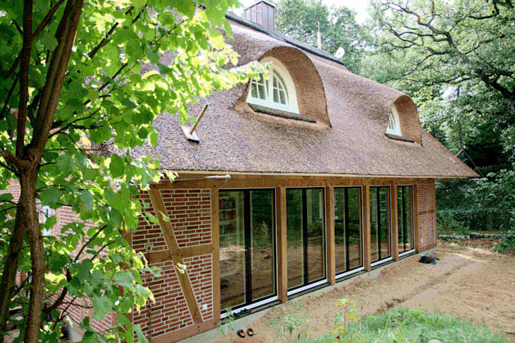 Houses by Architektur- und Innenarchitekturbüro Bernd Lietzke