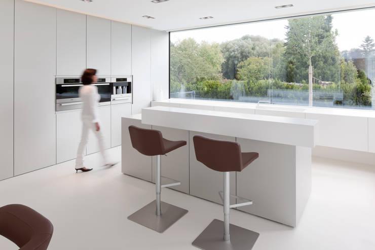 Cozinhas modernas por HI-MACS®
