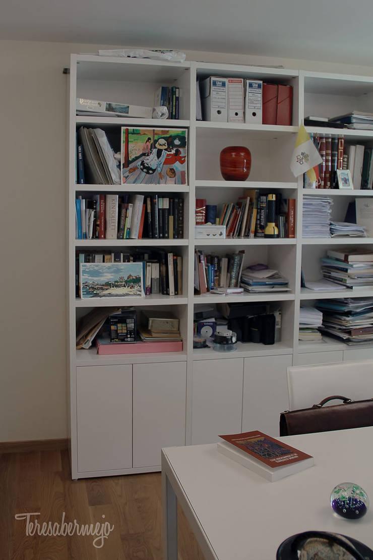 scandinavische Studeerkamer/kantoor door  Diseñadora de Interiores, Decoradora y Home Stager