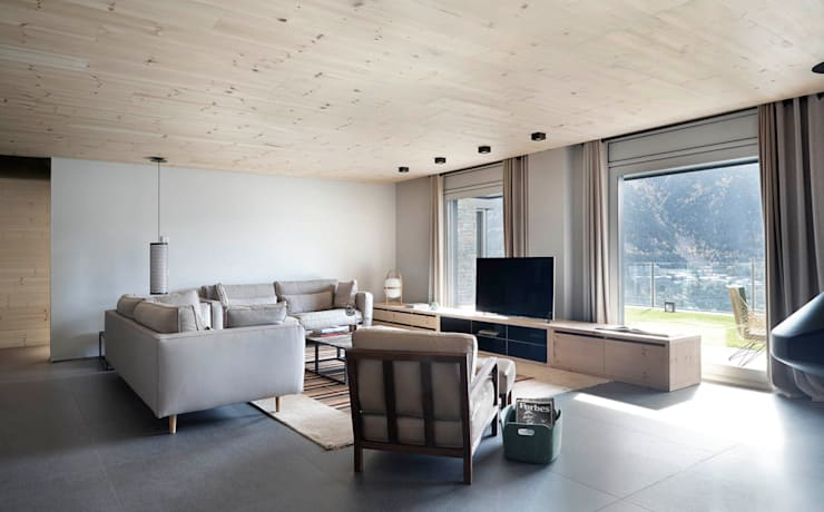 scandinavian Living room by Coblonal Arquitectura