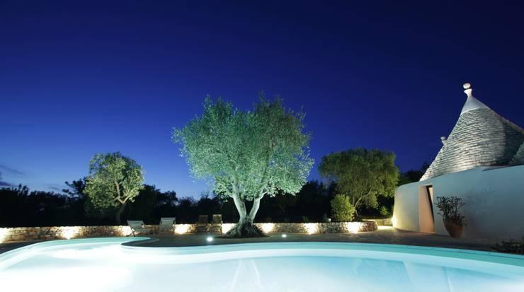 泳池 by ARKITETTI Flore-Venezia