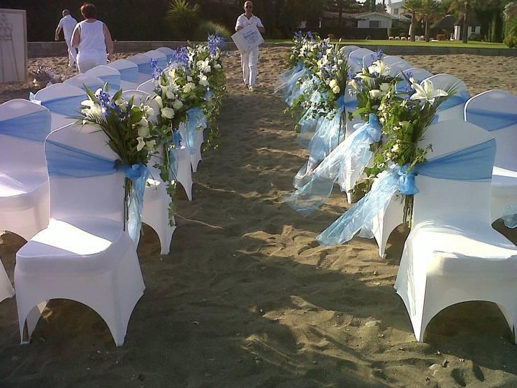 bodas en la Playa. decoracion: Hogar de estilo  de alfombra roja