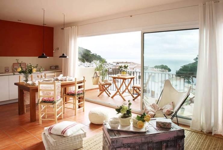 Wohnzimmer von Marta Sellarès - Interiorista