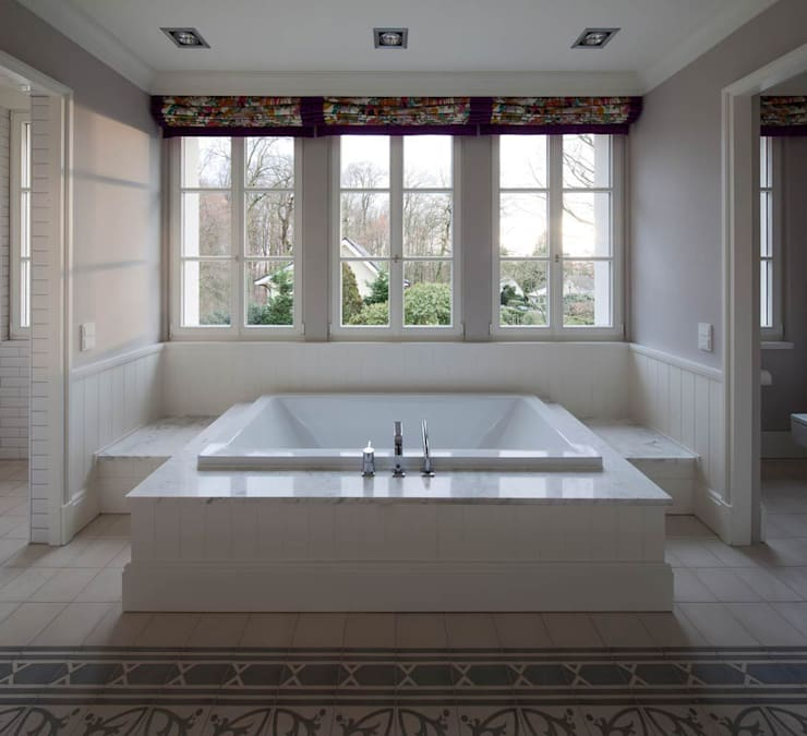 classic Bathroom by CG VOGEL ARCHITEKTEN