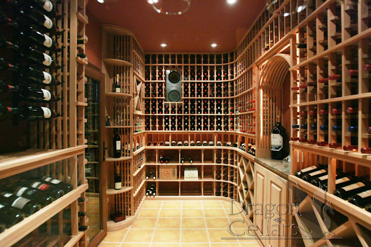 classic Wine cellar by Dragoncellars