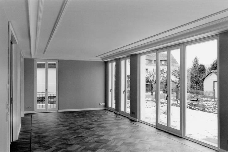 Salas de estilo  por CG VOGEL ARCHITEKTEN