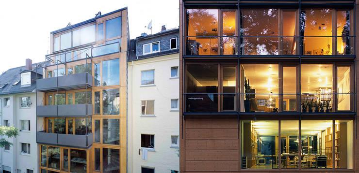 Fassaden:  Bürogebäude von A-Z Architekten,Modern