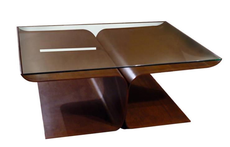 Loto - Mesa de centro: Salones de estilo moderno de GONZALO DE SALAS