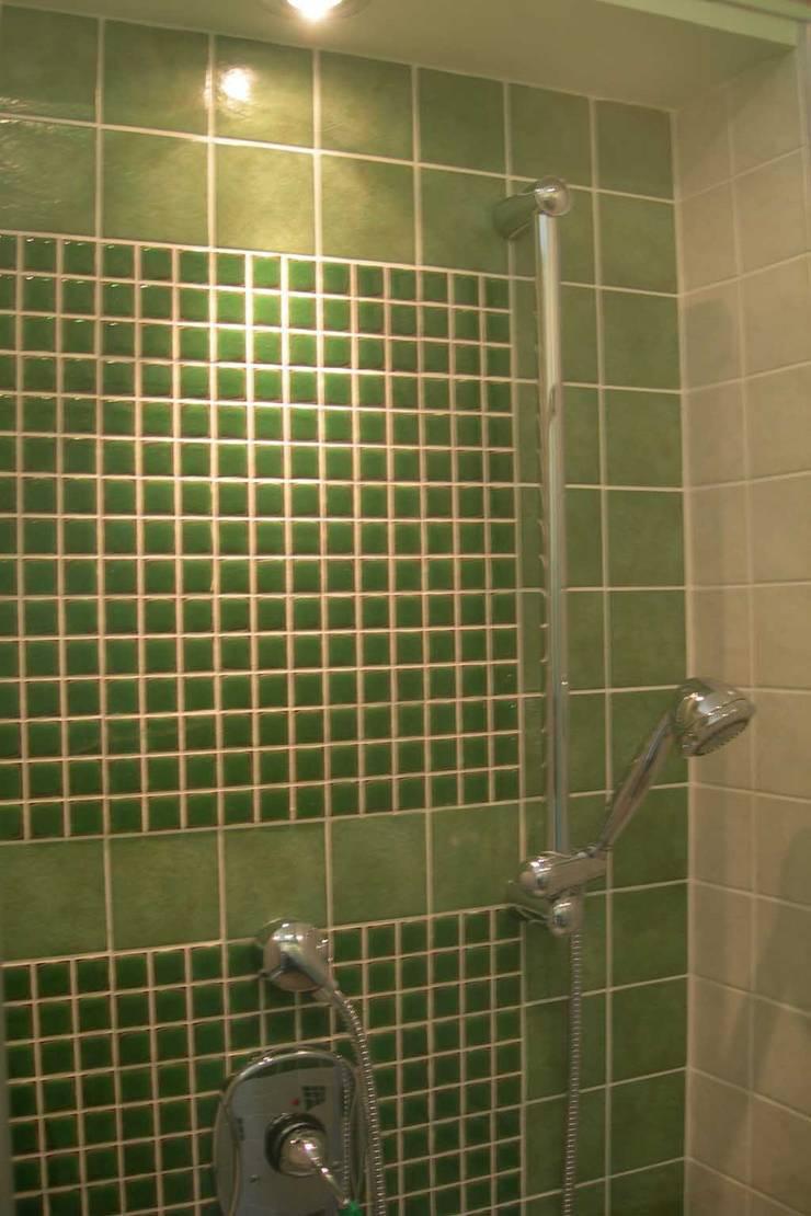 衛浴 by Studio Pierpaolo Perazzetti