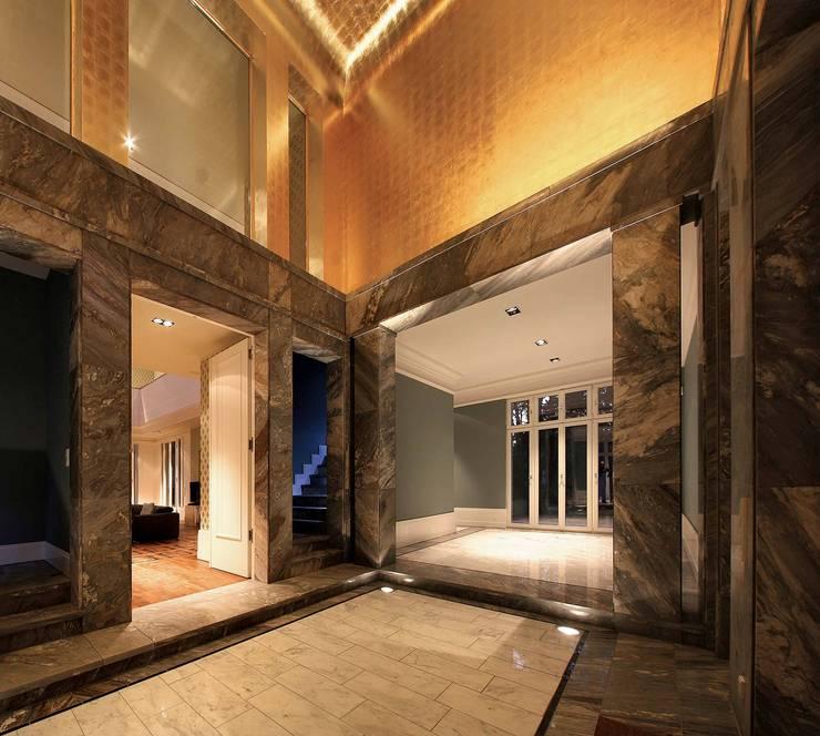 Corridor & hallway by CG VOGEL ARCHITEKTEN