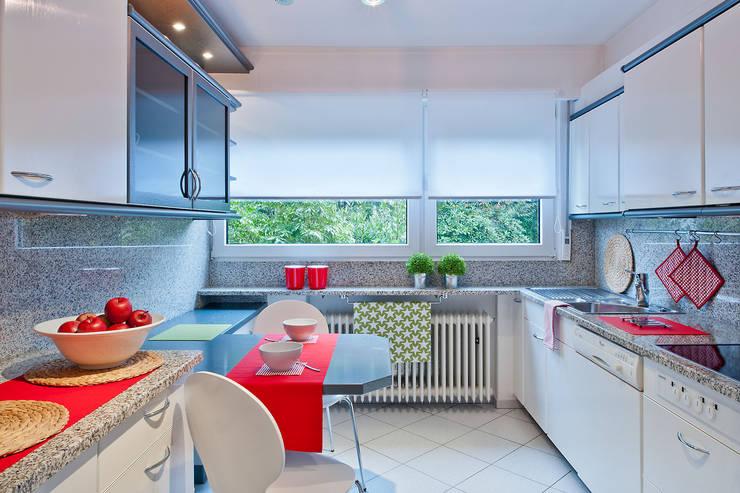 Home Staging Erbimmobilie Siebziger Jahre:  Küche von raumwerte Home Staging