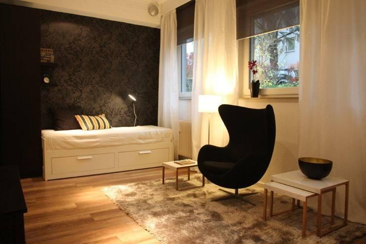 Salas de estar modernas por Holzer & Friedrich GbR Moderno