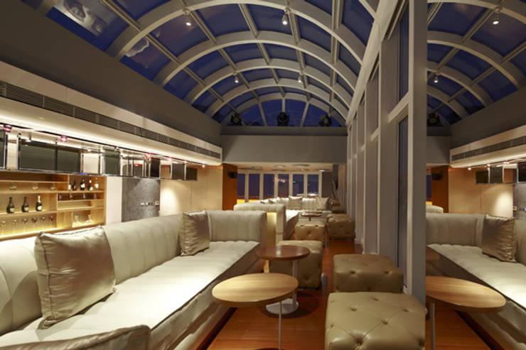 Bar Yu diseño que simboliza la elegancia y la exclusividad:  de estilo  de Decoration Digest blog