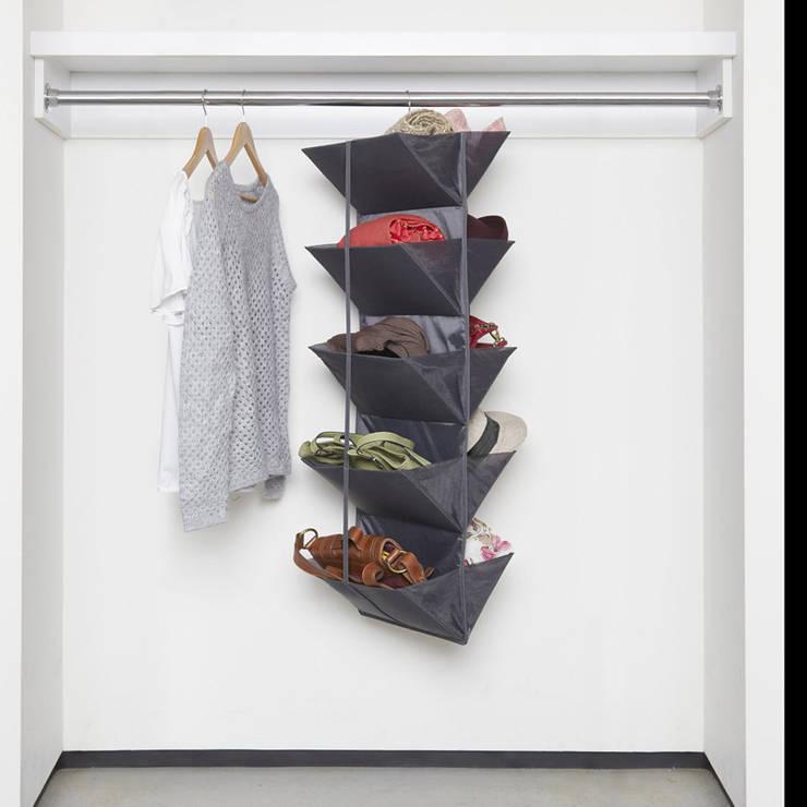 Органайзер для обуви Enfold тёмно-серый: Гардеробная в . Автор – Enjoyme