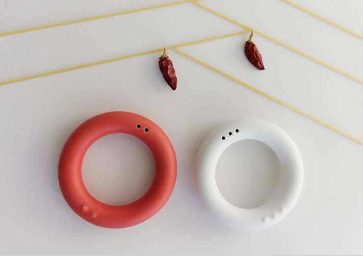 FëlFël, porta Sale e Pepe: Cucina in stile  di Mehdi Pour design studio