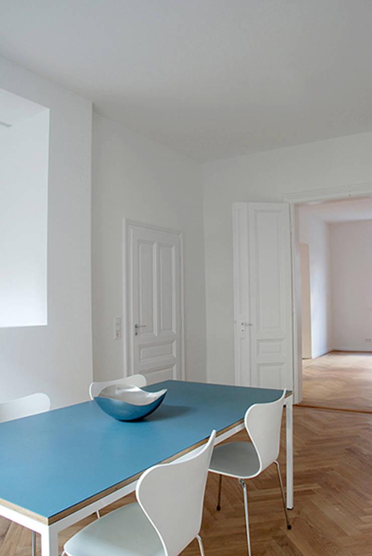 Dining room by Architektur Sommerkamp,