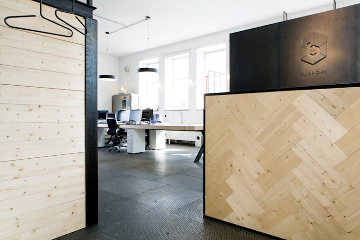BESPOKE Office:  Bürogebäude von BESPOKE GmbH // Interior Design & Production