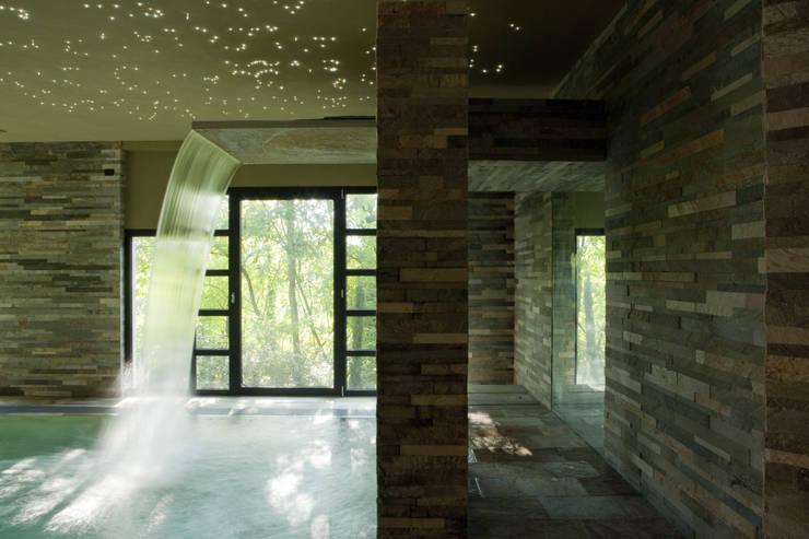 Walls & flooring by Artesia