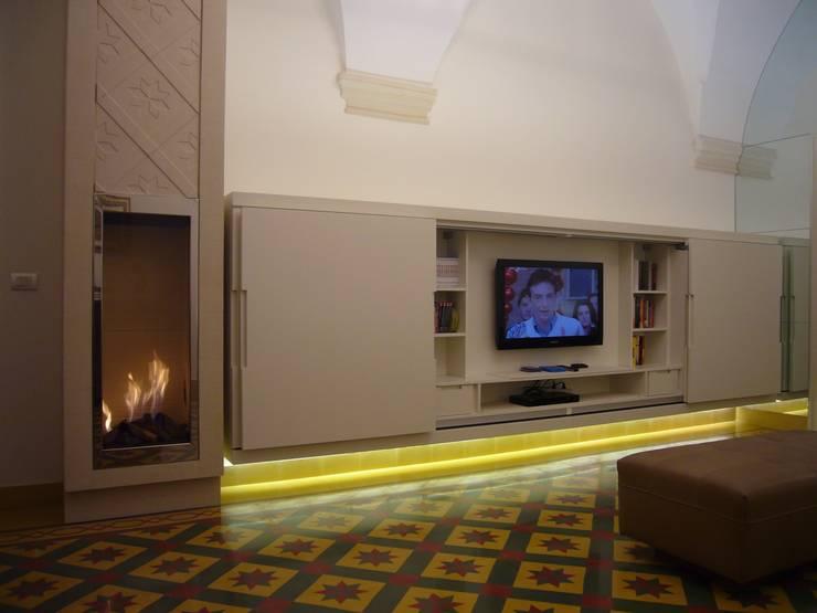 INTERNI> Progetto MDL Design: Soggiorno in stile  di decor srl