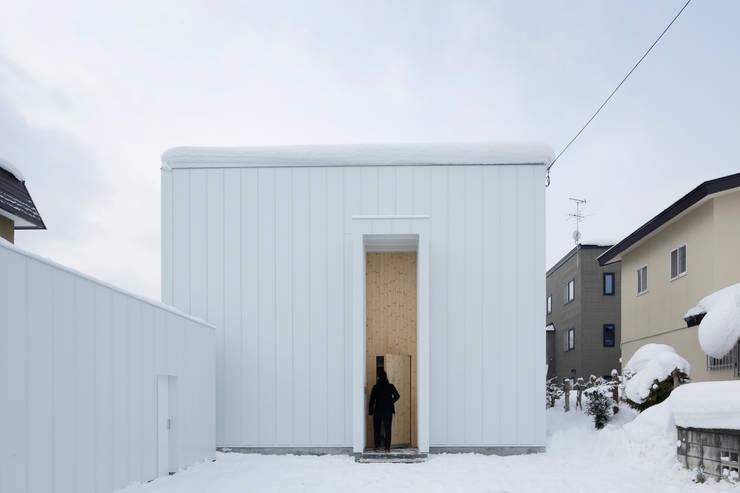 春光の家: 一色玲児 建築設計事務所 / ISSHIKI REIJI ARCHITECTSが手掛けた家です。