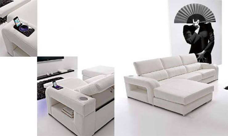 Sofa Bianca: Salones de estilo  de Arte Habitat Interiores