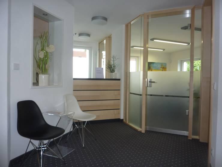 Architekturbüro HOFFMANN의  사무실, 모던