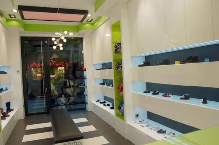 Kantoor- & winkelruimten door Arquitectura de Interior