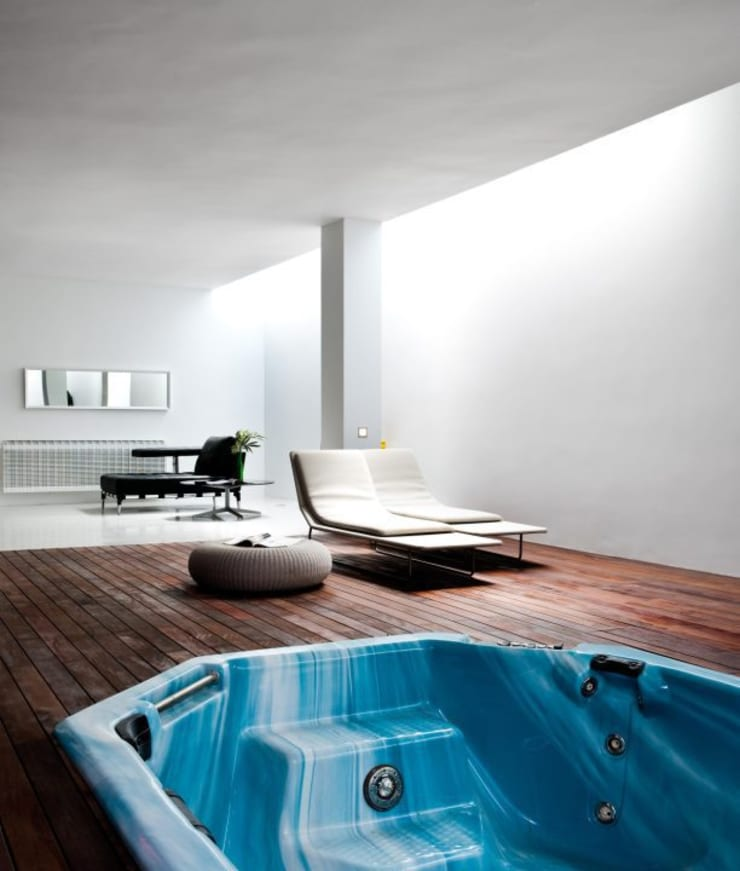 Spa - The White House: Spa de estilo  de Bernadó Luxury Houses