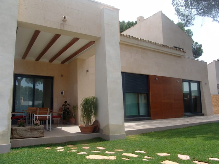 Residencia Privada: Casas de estilo  de I AM Home