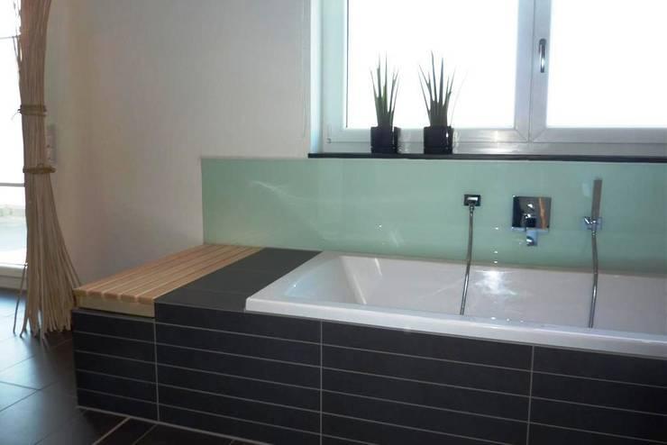 modern Bathroom by Architekturbüro HOFFMANN