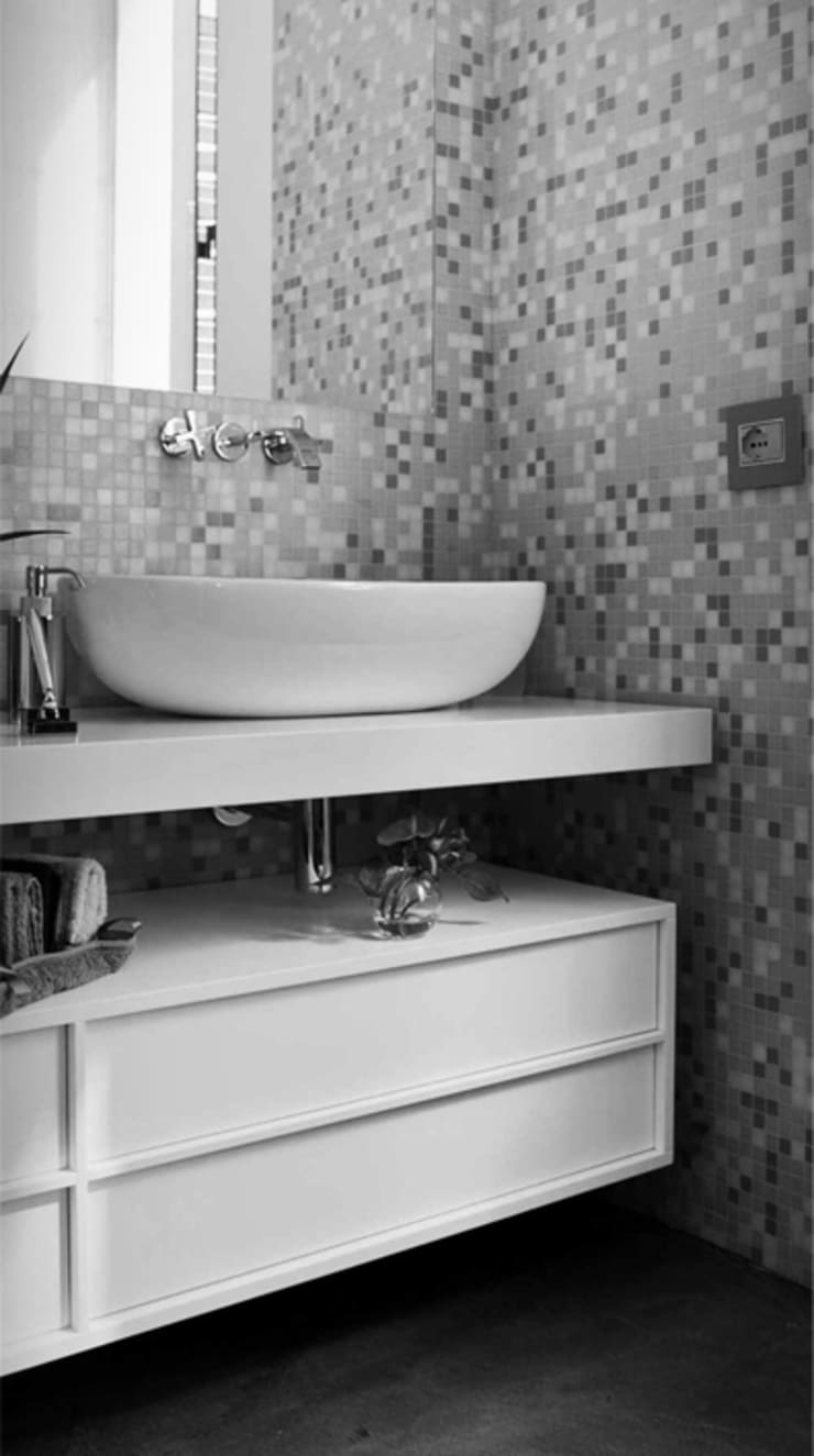 Bathroom by maurizio pappalardo romina fava