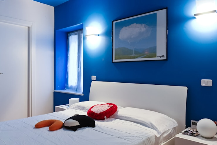 Dormitorios de estilo moderno de Alessio Patalocco Architetto