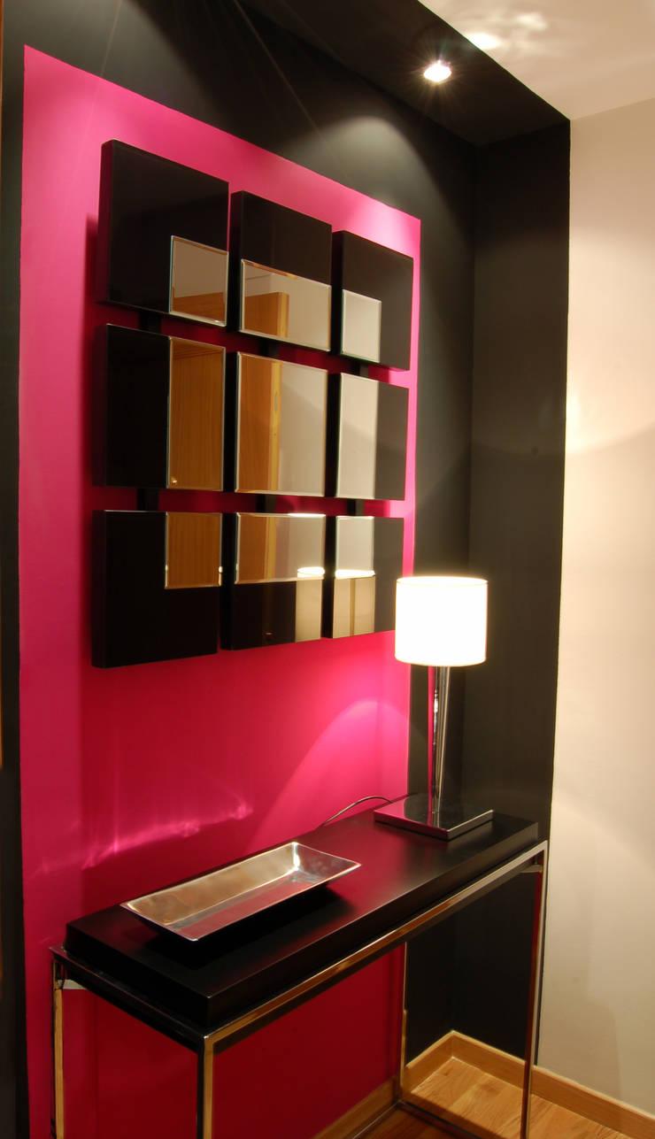 Dressing room by Arquitectura de Interior