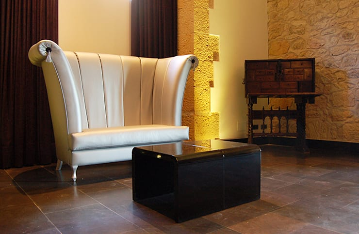 Living room by Arquitectura de Interior