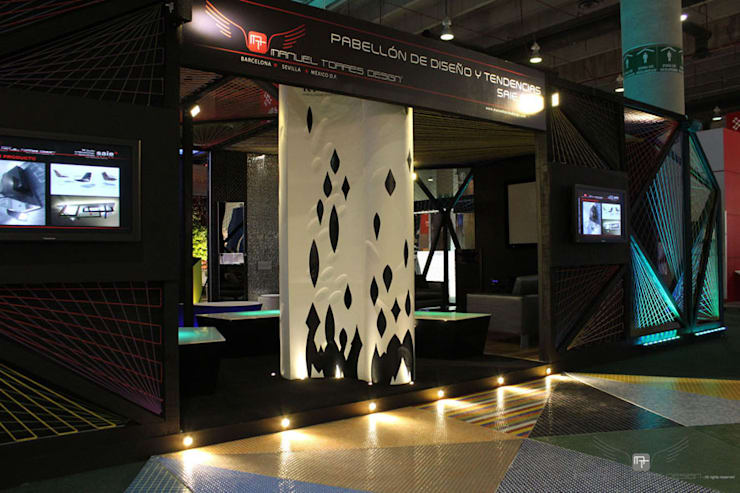 Centros de exhibiciones de estilo  por MANUEL TORRES DESIGN