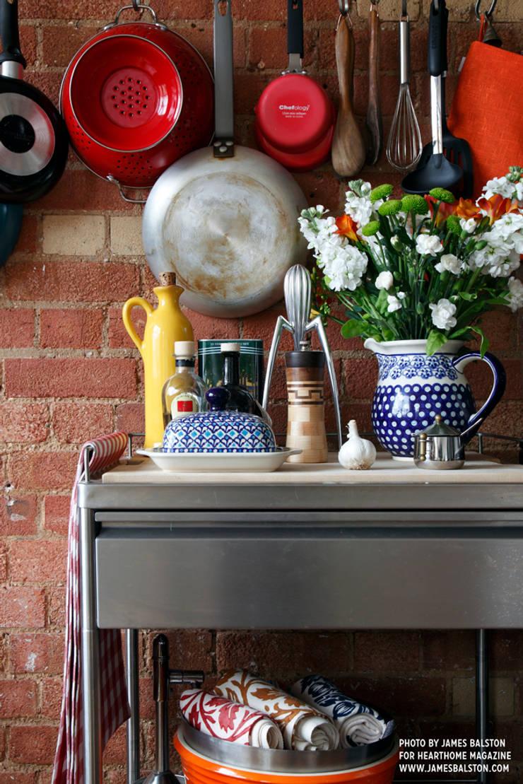 Kitchen trolley:  Kitchen by Cassidy Hughes Interior Design