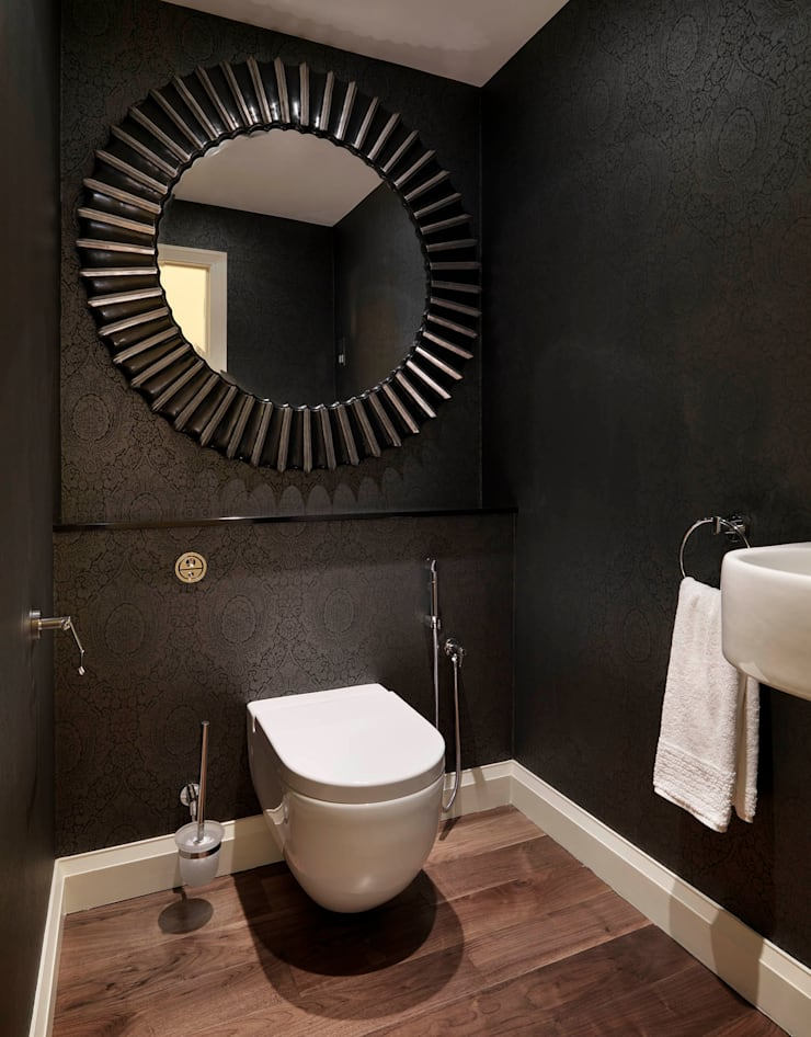 Buckland Crescent:  Bathroom by Living in Space