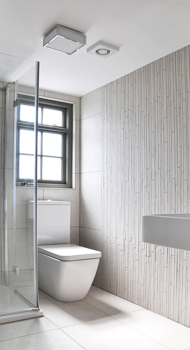 Loft Bathroom:  Bathroom by Studio TO