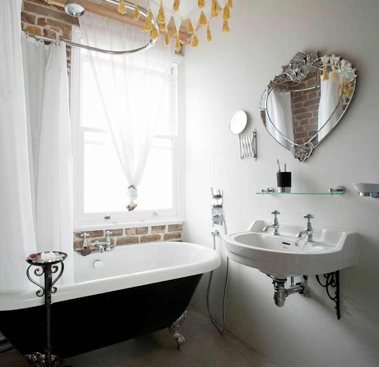Falkirk St: industrial Bathroom by MDSX Contractors Ltd