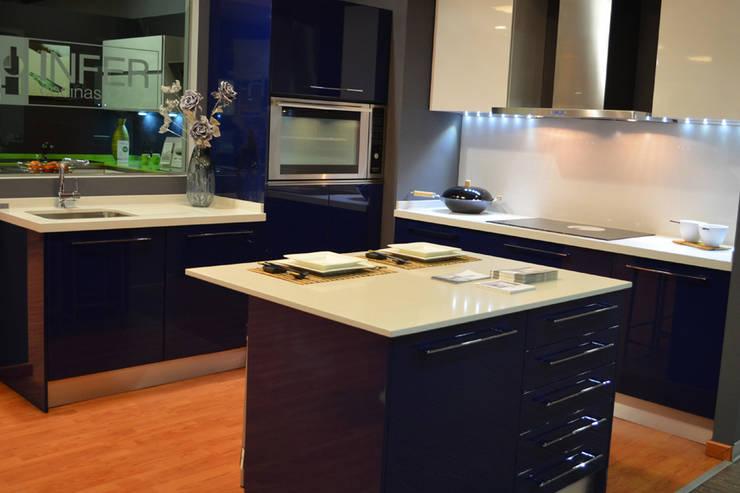 Küche von Cocinas Rio, Minimalistisch
