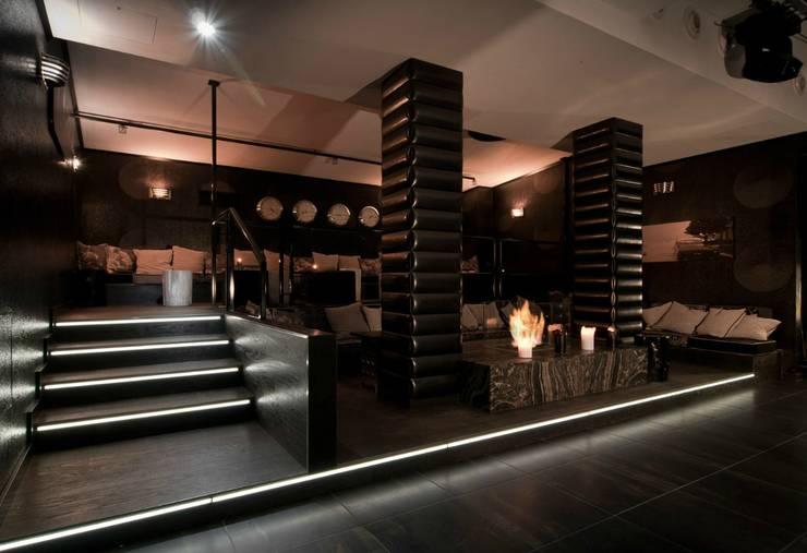 Bars & clubs by Raumkonzepte Peter Buchberger