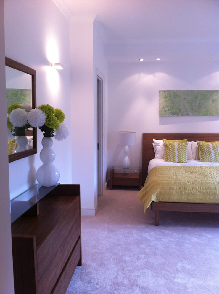 wigmore street london:  Bedroom by jaimie k designs ltd