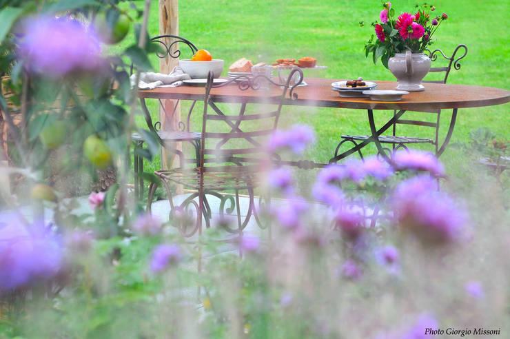 Jardines de estilo  de Barbara Negretti  - Garden design -