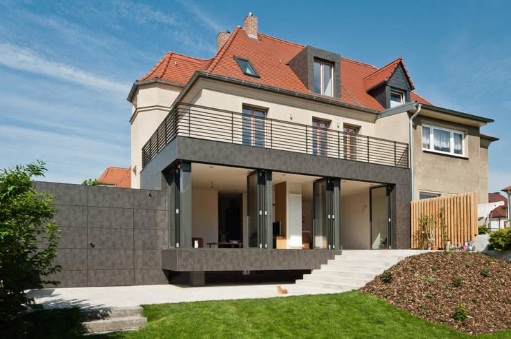 Haus H:  Häuser von KARO* architekten