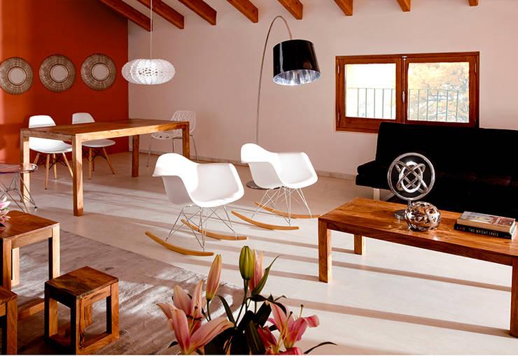 Vicalhome: Salones de estilo escandinavo de Quino Prades