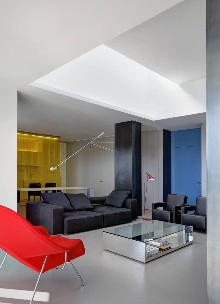 客廳 by Buratti + Battiston Architects