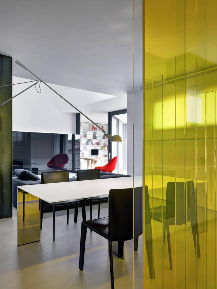 餐廳 by Buratti + Battiston Architects