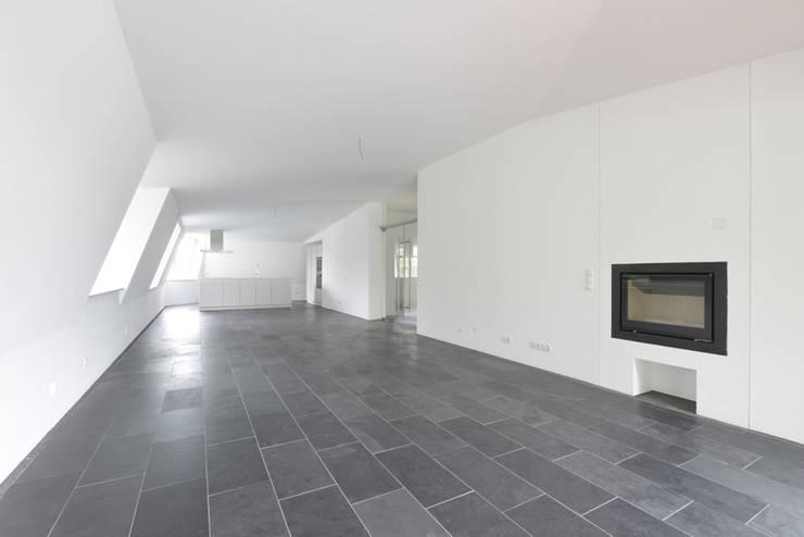 Soggiorno in stile  di and8 Architekten Aisslinger + Bracht