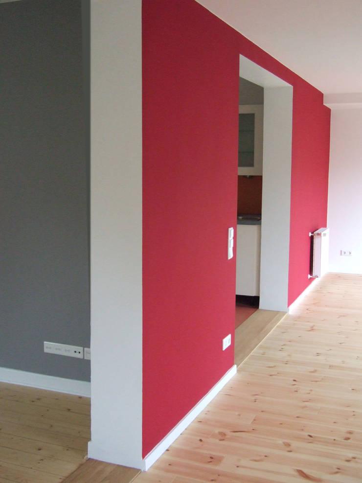 modern Living room by zymara und loitzenbauer architekten bda
